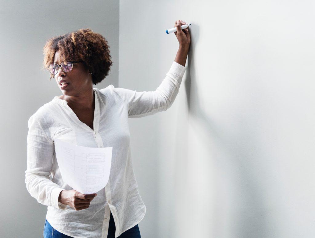 adult-blank-brainstorming-1350615